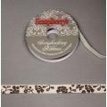 Лента ScrupBerry`s ширина: 10мм с рисунком Цветы цвет: белый с коричневым принтом 2м